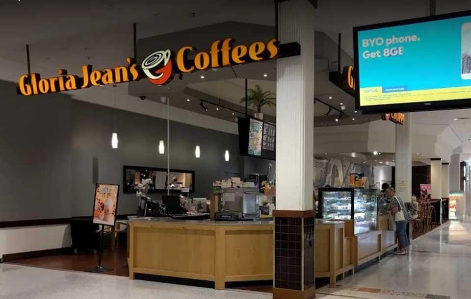 Gloria Jeans Cafe fittout