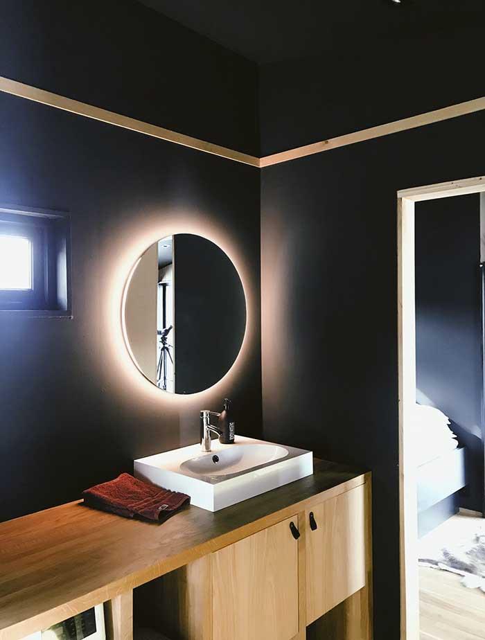 bathroom cabinet maker canberra